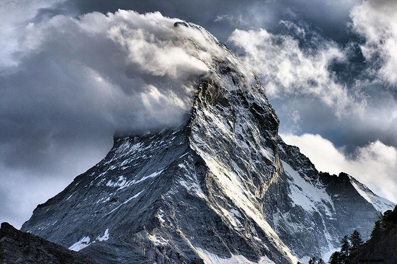 News_matterhorn-wolken-champer