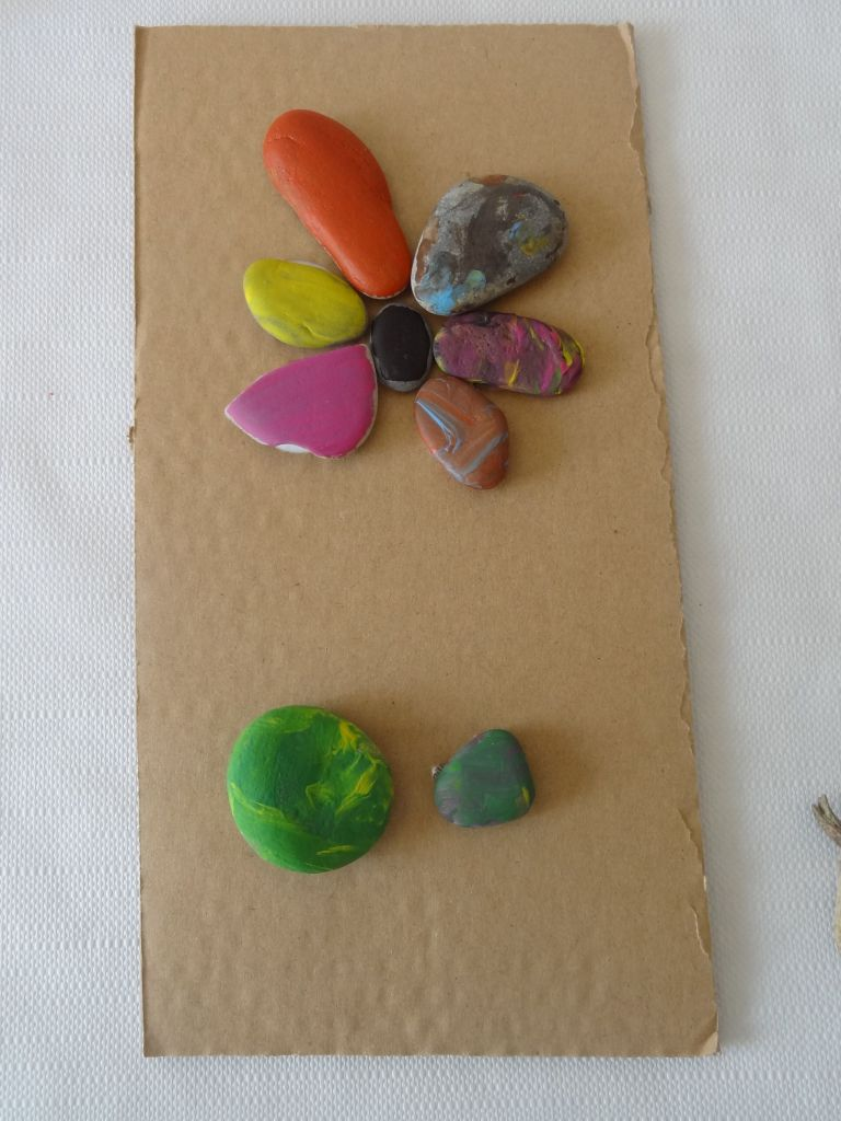 steine in blumenform